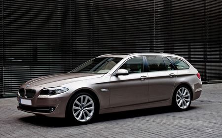 Picture of BMW 5 Series 520d SE Touring